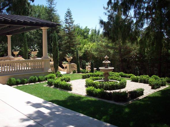 Services garden landscape design los angeles cbl for Italian patio design